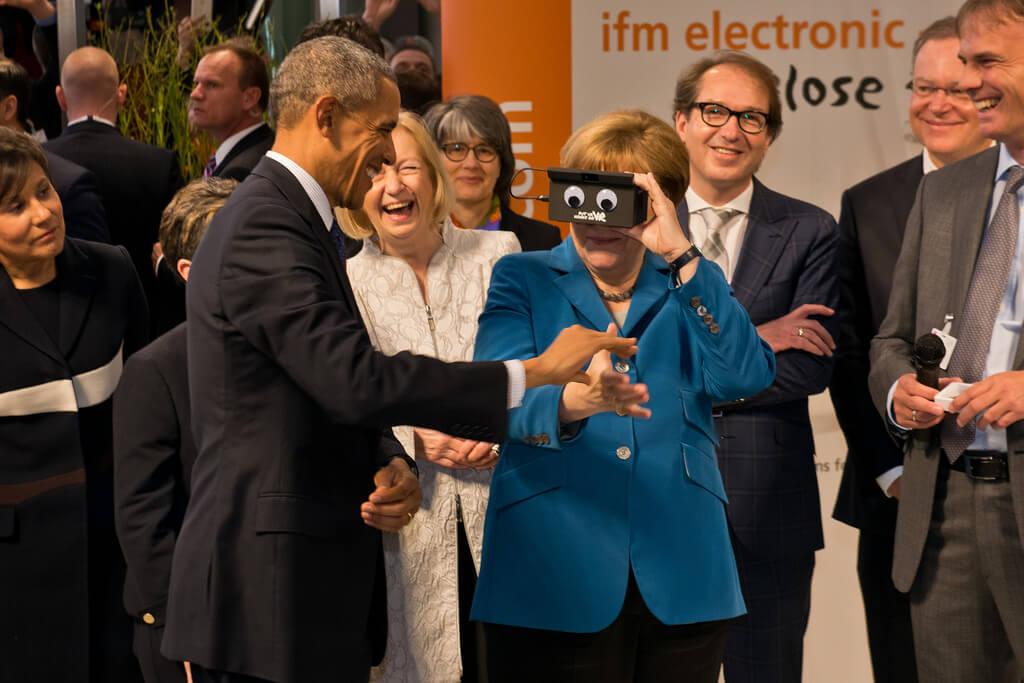 Obama Merkel Mit Der Kleinsten 3d Kamera Der Welt Wwwvisionifm